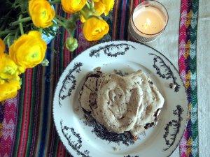 plate choco meringue cookies summery blog