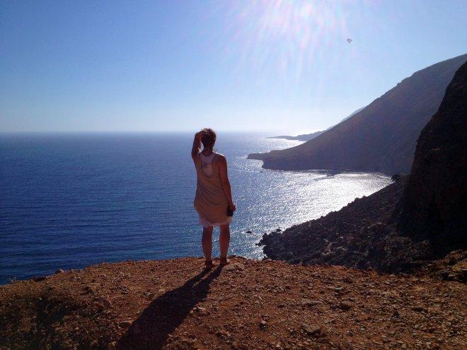 travel blogger in crete greece